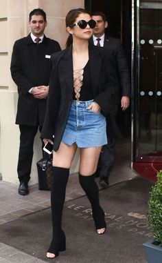 Selena Gomez during Paris Fashion Week. Selena Gomez Fashion, Selena Gomez Style, Fashion Week Paris, Fashion Night, Denim Skirt Outfits, Casual Outfits, Fashion Outfits, Denim Skirts, Ideias Fashion