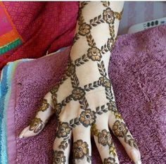 Hina, hina or of any other mehandi designs you want to for your or any other all designs you can see on this page. modern, and mehndi designs Rose Mehndi Designs, Latest Arabic Mehndi Designs, Henna Art Designs, Mehndi Designs For Girls, Stylish Mehndi Designs, Bridal Henna Designs, Mehndi Design Pictures, Beautiful Henna Designs, Mehndi Images