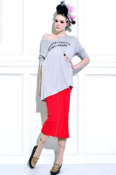 The skirt made of rayon, featuring pure color, hip hugging, zip through closure, tapered design, all in slim fit.$64