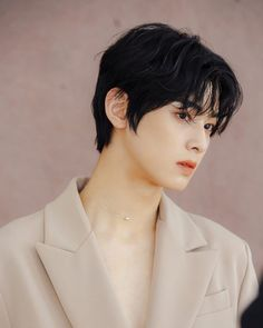 Cha Eun Woo, K Pop, Shakespearean Tragedy, Cha Eunwoo Astro, Portrait Poses, Kpop Groups, Handsome Boys, Korean Actors, Cute Boys