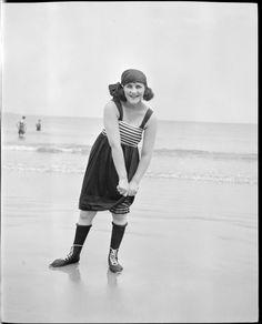 História da moda praia – O que as mulheres usavam nos anos 20