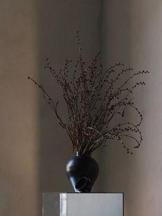 Skandinavische Len white vase curve white vases and interiors
