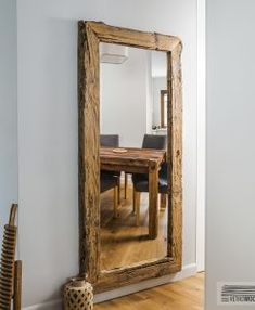 Mirror Gounda - Anticca - Furniture from old wood Hallway Furniture, Wood Furniture, Oregon House, Unique Mirrors, Beautiful Mirrors, Beautiful Things, Wood Framed Mirror, Rustic Frames, Living Room Mirrors