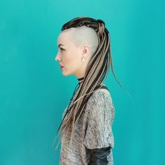 Shaved Side Hairstyles, Oval Face Hairstyles, Mohawk Hairstyles, Wedding Hairstyles, Half Shaved Head, Shaved Sides, Synthetic Dreadlocks, Synthetic Hair, White Girl Braids