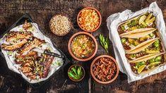 Pečená žebra: recept včetně naší domácí barbeque omáčky Tacos, Bbq, Mexican, Ethnic Recipes, Food, Barbecue, Barbacoa, Meal, Barrel Smoker