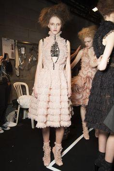Fashion runway| Alexander McQueen Fall-Winter 2015-16