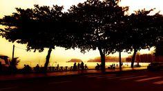 Um momento normal, mas com uma edição bem feita, virou uma linda foto da praia de Icaraí.