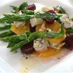 Try this Asparagus, Orange, Beetroot and Goats Cheese Salad with Walnut dressing recipe by Chef Peter Evans. This recipe is from the show Short Orders. Large Salad Bowl, Salad Bowls, Xmas Recipes, Walnut Salad, Goat Cheese Salad, Xmas Food, How To Make Salad, Beetroot