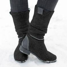 Western Boots, Block Heels, Leg Tattoos, Hunter Boots, Cute Shoes, Knee High Boots, Rubber Rain Boots, Booty, Westerns