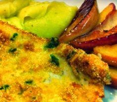 Bifes de Peru Panados com Puré de Legumes e Maçã Salteada