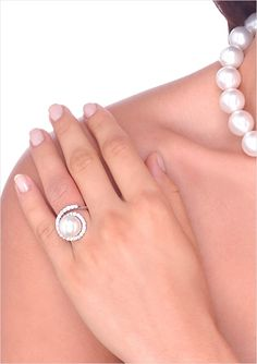 Virgo a White South Sea Cultured Pearl & Diamond Ring.<3<3Pearl size=12.5mm