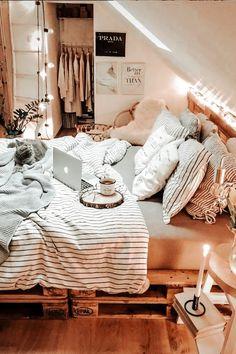 Cute Bedroom Decor, Room Design Bedroom, Teen Room Decor, Room Ideas Bedroom, Small Room Bedroom, Cozy Teen Bedroom, Zen Room, Bedroom Furniture, Furniture Design