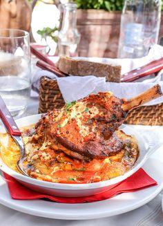 Best Restaurants in Santorini Greece Travel Guide: Restaurant + Food in Santorini, Greece Asian Recipes, Mexican Food Recipes, Healthy Recipes, Healthy Food, Greece Food, Greece Trip, Greece Travel, Best Restaurants In Santorini, Santorini Greece