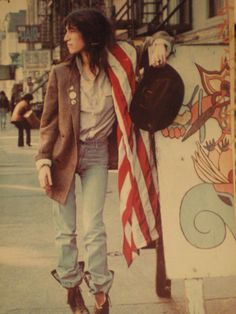 patti. style and life icon forever.