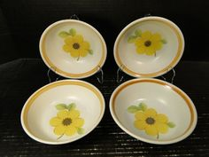 "Royal Doulton Summer Days Cereal Bowls 6 1/4"" LS 1002 Set of 4 EXCELLENT #RoyalDoulton Danbury Mint, Strawberries And Cream, Cereal Bowls, Royal Doulton, Bone China, Summer Days, Stoneware, Tea Cups, Decorative Plates"
