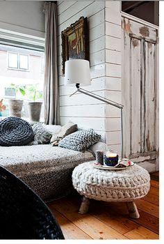 Handmade home - knitted furniture Handmade Home, My Living Room, Home And Living, Living Spaces, Tiny Living, Interior Inspiration, Design Inspiration, Design Ideas, Interior Ideas