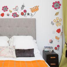 Blazing Botanicals - Sas and Yosh - Wall Stickers - Wall Decoration - Wall Art - Home decor - Wall Decor - Nursery Decor - Bedroom Decor Flower Wall Stickers, Wall Stickers Murals, Nursery Wall Decor, Bedroom Decor, Jungle Decorations, Floral Wall, Beautiful Wall, Vinyl Designs, Wall Colors