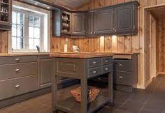 Znalezione obrazy dla zapytania szara kuchnia drewno