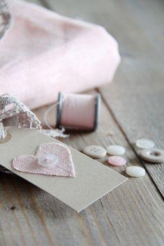 Des étiquettes coeur DIY