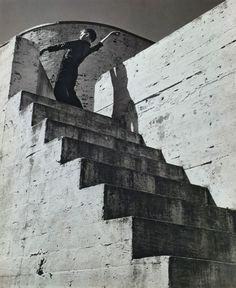untitled photo by André Kertész, 1941