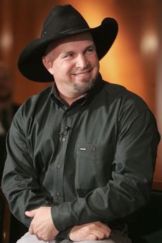 He has forever been my favorite country singer of all time. I would kill to see him in concert!!