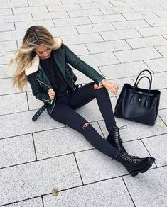 20 Casual Winter Outfits Ideas for 2019 Winter outfits Fashion Mode, Look Fashion, Womens Fashion, Fashion Trends, Fashion Styles, Fashion Ideas, Mode Outfits, Casual Outfits, Fashion Outfits