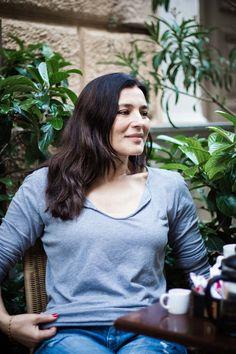 Μαρία Ναυπλιώτου: Εχω επιλέξει την ελευθερία μου, αλλά την έχω πληρώσει | BOVARY Actresses, T Shirts For Women, Face, Greek, Tops, Beautiful, Fashion, Female Actresses, Moda