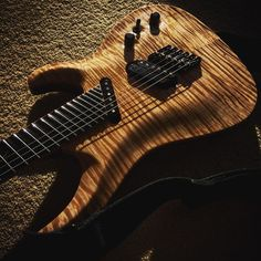 You know wood is good when an iPhone photo turns up this good.  #ormsbyguitars #australia #multiscale #erg #fannedfret #modern #guitar #art #creative #craft #luthier #maker #sx #guitarist
