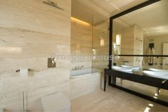 Apartment for sale in Poland, Warsaw (sqft: 2820, 6 rooms). Price: $2800000