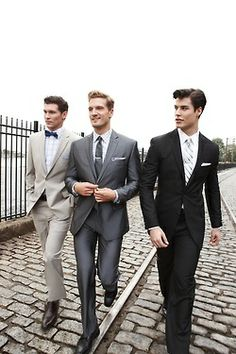 If the bridesmaids don't have to match - neither do the groomsmen. This is so classy!