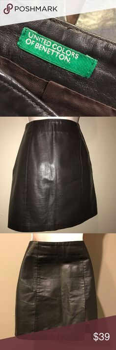 NWOT UNITED COLORS OF BENETTON LEATHER SKIRT, S And perfect new condition, beautifully made and completely lined dark brown leather skirt by United colors of Benetton.  Size is European 40 or US small.  Skirt is new without tags. United Colors Of Benetton Skirts Mini