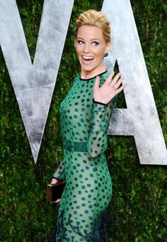 Elizabeth Banks has started recommending books on her website, reports the Names column blog.