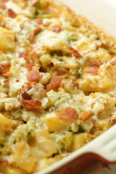Baked Potato Casserole  ngredients  4 medium Yukon gold potatoes, peeled and chopped  1 head broccoli, chopped into small florets (about 2-3 cups chopped)  8 slices bacon  1 medium onion, diced  2 cloves garlic, minced  ½ cup chicken stock  ½ teaspoon smoked paprika  salt and pepper to taste  1-2 cups (150 g) sharp cheddar cheese, shredded  1 cup (100 g) parmesan cheese, shredded