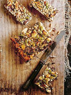 A wholesome, protein-packed snack to get you through the day. Healthy Slice, Healthy Bars, Healthy Seeds, Healthy Treats, Healthy Eating, Raw Food Recipes, Cooking Recipes, Healthy Recipes, Candida Recipes
