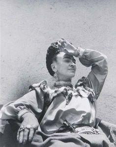 Frida Kahlo. Photo by Lola Alvarez Bravo.