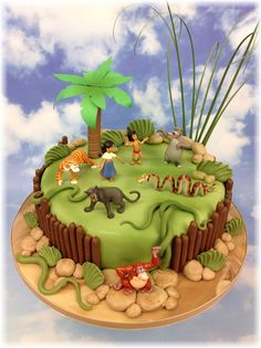 The Cake Store - Jungle Book Party Cake, £120.00 (https://www.thecakestore.co.uk/jungle-book-party-cake/)