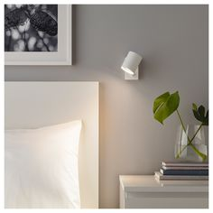 NYMÅNE Wall / reading lamp, fixed installation - white - IKEA candeeiro cama 20 € tem em preto Ikea Wall Lights, Ikea Wall Lamp, Bedside Wall Lights, Bedside Lighting, Bed Lights, Bedroom Wall Lights, Hanging Lamps, Ikea Lighting, Black Wall Lights