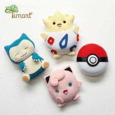 pokemons-feltro Felt Crafts Dolls, Felt Crafts Diy, Xmas Crafts, Crafts To Do, Pokemon Craft, Pokemon Party, Felt Keychain, Felt Hair Clips, Fabric Toys