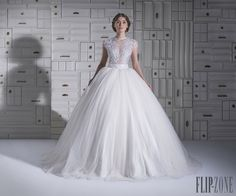 Chrystelle Atallah Collezione 2014 - Sposa - http://it.flip-zone.com/fashion/bridal/the-bride/chrystelle-atallah-4747