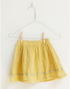 Picnik - Yellow skirt - Pepatino.be