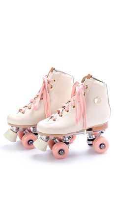White skates with pink guava wheels Roller Skate Shoes, Roller Skating, Rollers, Cute Shoes, Quad, Pretty In Pink, High Top Sneakers, Fashion Shoes, Baby Shoes