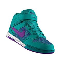 I designed this at NIKEiD #yussssssss Nike Store, Custom Shoes, Nike Air Force, Skateboard, My Design, Air Jordans, Sneakers Nike, My Style, How To Wear