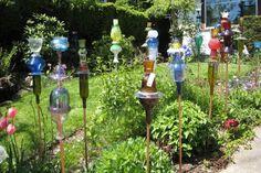 Una forma de reciclar y hermosear el jardín.