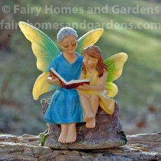 Miniature G'ma and Granddaughter Fairy Figurine - Miniature Jardin Baby Fairy, Love Fairy, Miniature Fairy Figurines, Fairy Garden Houses, Fairy Gardening, Fairies Garden, Rock Painting Patterns, Fairy Garden Supplies, Woodland Theme