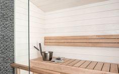 Ihanan raikas saunasisustus valmiiksi maalatulla haapa-paneelilla. Decor, Shelves, Interior, Home Decor, Kitchen, Sauna, Inspiration, Interior Design, Renovations
