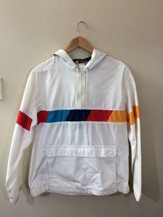 15b60307bd Men s White SPEEDO Pullover Hooded Windbreaker Jacket Size Medium Pre-owned   Speedo  Windbreaker