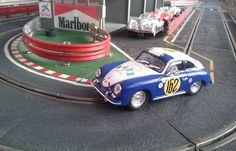 Porsche 356 Super 1500 de la Carrera Panamericana de 1953 conducido por Manfredo Lipmann. Marca Ninco. Este ha sido el regalazo que me ha hecho mi mujercita por el día del Padre y por mi santo, que se me junta todo.... Otra joya para mi colección de clásicos.