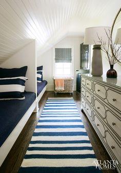 Lang smal tapijt geeft mooi optisch effect