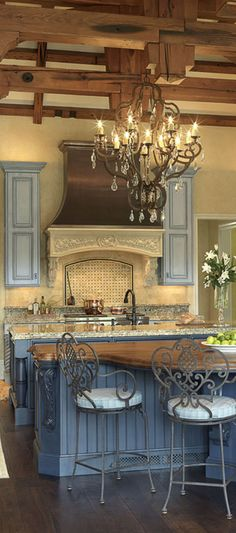 tuscan kitchen-that is the blue I am looking for.....perfect for dinning room.