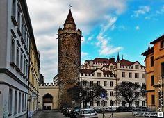 Wendischer Turm und die Alte Kaserne von Gottfried Semper. Fotografie von Lothar Seifert
